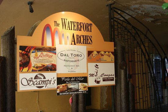 Scampi's: Waterford Arches by Fort Amsterdam