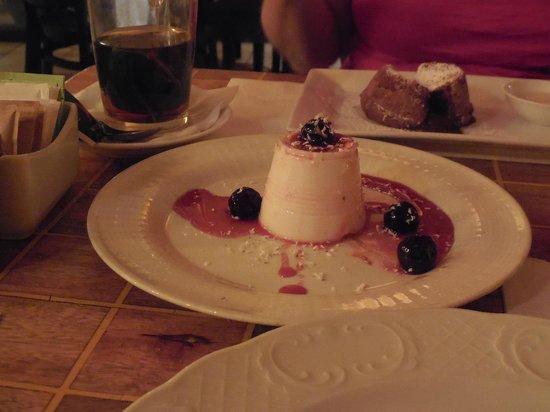 Mantra Restaurant & Wine Bar: Pana cotta