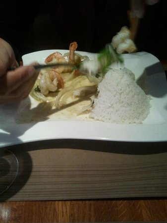 Le Sarawan: Crevettes sautées (menu du midi)