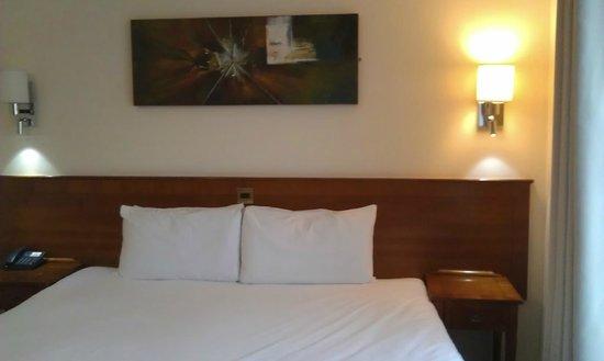 Arlington Hotel O'Connell Bridge: Double room