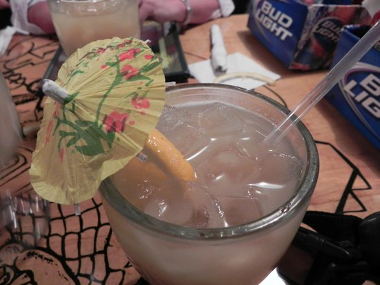 Gatorbites: Dinner isn't complete without a rum drink.