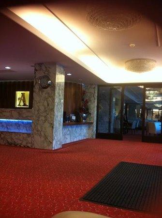 Hotel Alexandria: small lobby