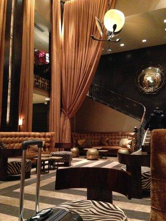 Empire Hotel : Hotel Lobby