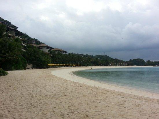 Shangri-La's Boracay Resort & Spa: Semi Private Beach
