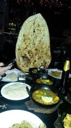 Akbars: family naan