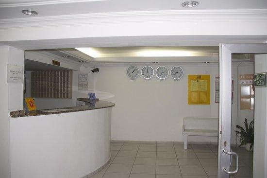 Rosary Beach Hotel: Reception area