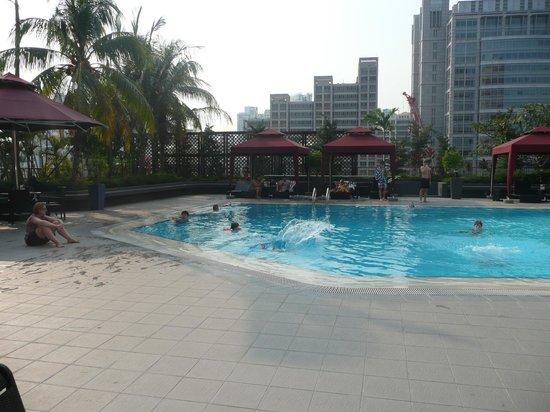 Novotel Singapore Clarke Quay : Piscine de l'hôtel