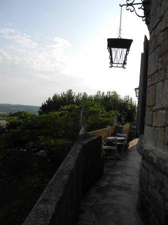Chateau de Murviel : Notre balcon avec sa vu