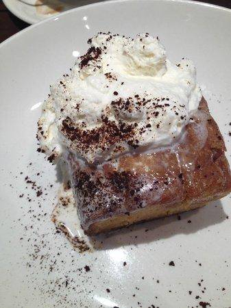 Nick's Laguna Beach: Warm whiskey cake...that you need to order