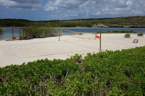 Santa Barbara Beach & Golf Resort, Curacao: Beach volleyball