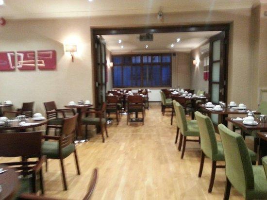 Sidney Hotel London-Victoria: Salón para desayunar.