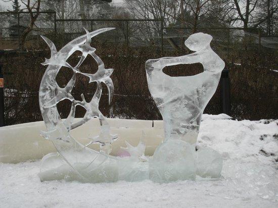 Helsinki Zoo: Ice sculptures