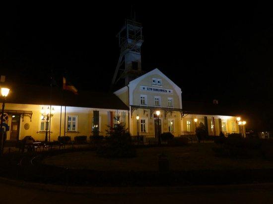 Krakow Direct Private Tours: Salt Mine entrance