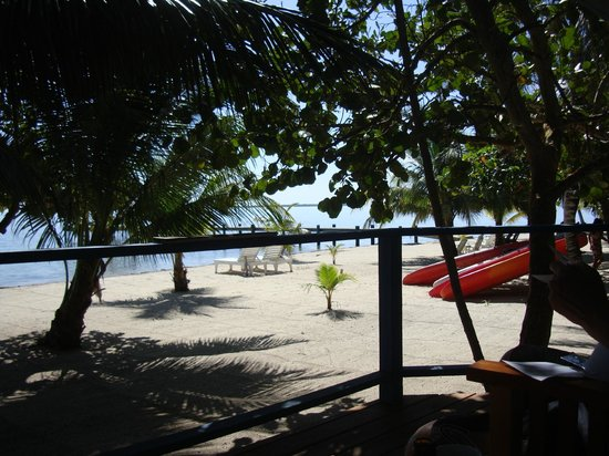 Maya Beach Hotel: View from our bungalow porch