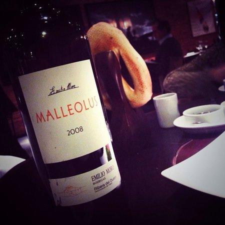 Rubaiyat Madrid: Más de 1200 vinos en su bodega