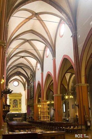 Chiesa di San Martino : Крестовокупольные своды