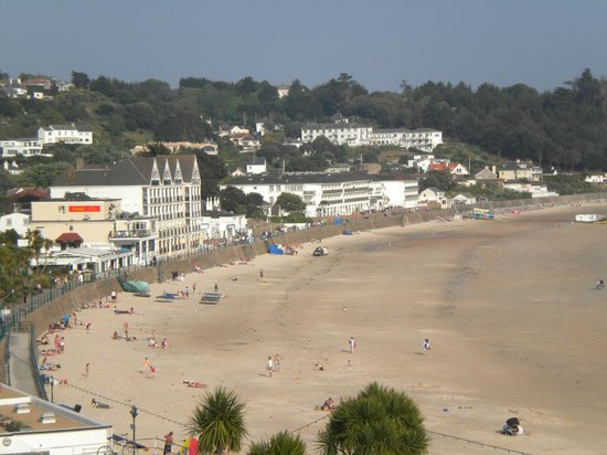 St. Brelades Bay Hotel: view from my room looking at shops