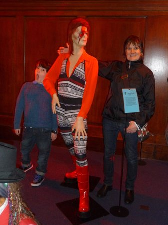 The National Wax Museum Plus : david bowie model