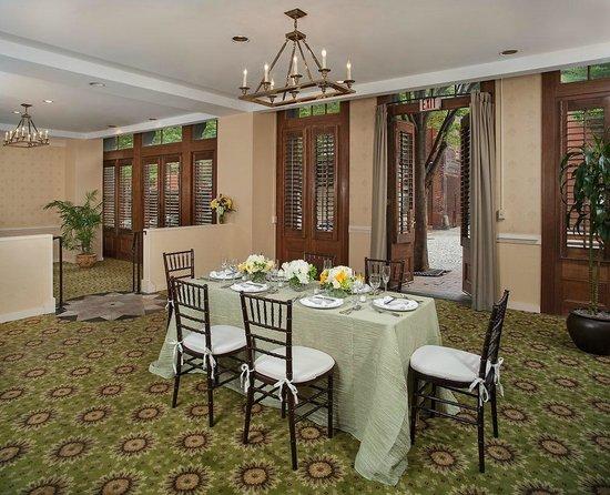 The Berkeley Hotel: The Jamestown Room