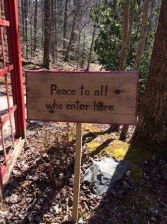 Peaceful Quest Retreats: Signposts Along The Way