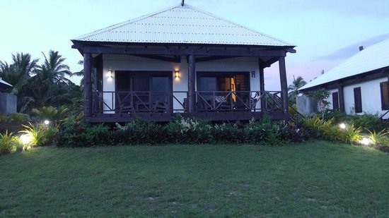 Namuka Bay Lagoon Resort: Close-up View of My Villa