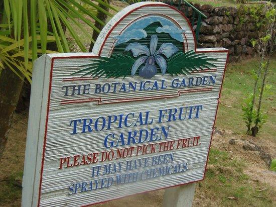 Botanical Gardens of Nevis: Sign