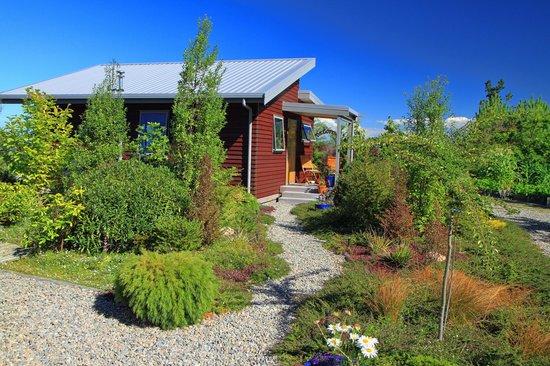 Awatea Tasman Bay : The private bungalow.