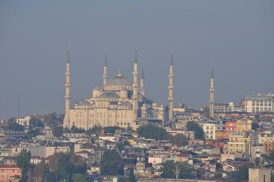 Blaue Moschee (Sultan-Ahmed-Moschee): Blue Mosque from the Bosphorus