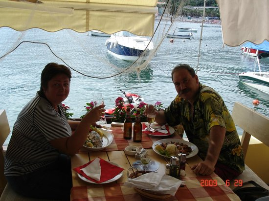 Tri Ribara Restaurant: В ресторане.