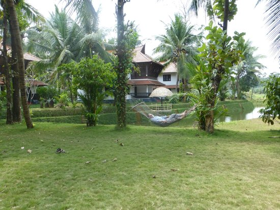 Tapovan Green County Resorts : Hammock