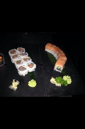Uramaki special e i-sushi