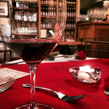 Creekside Cellars Winery and Cafe: Valentine's Meal -- delicious!!!!