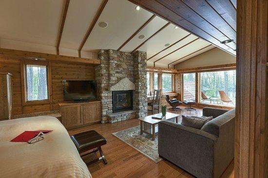 Canoe Bay: Dream Cottage #27