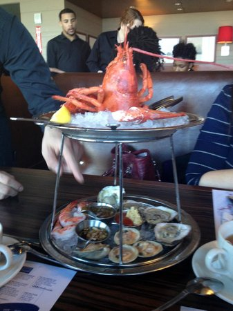 Legal Sea Foods: Seafood sampler appetizer
