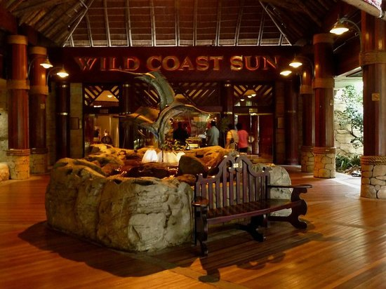 Wild Coast Sun Hotel: Entrance