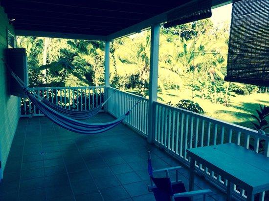 Sand Dollar Beach Bed & Breakfast: Upper balcony