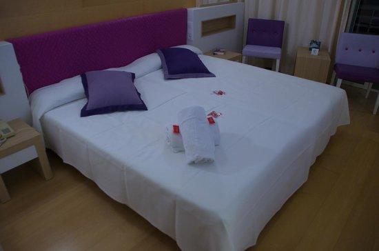 Hotel & Spa S'Entrador Playa: S'Entrador Zimmer