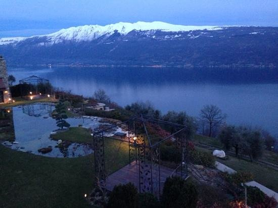 Lefay Resort & Spa Lago di Garda : vista su Lago di Garda e Monte Baldo