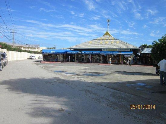 Barcelo Punta Cana: Marché au puce
