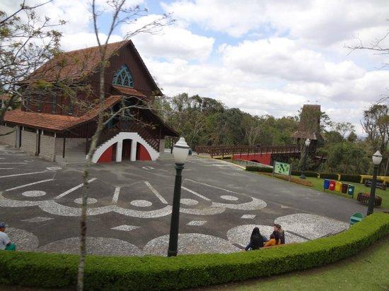 Bourbon Curitiba Convention Hotel: BOSQUE ALEMÃO