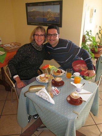 B&B Miramare: My wife Miranda with host Aldo