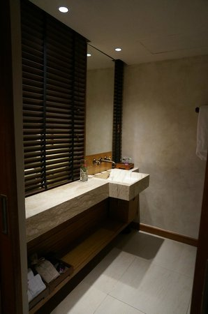 The Tubkaak Krabi Boutique Resort: Chambre double superior - Salle de bain
