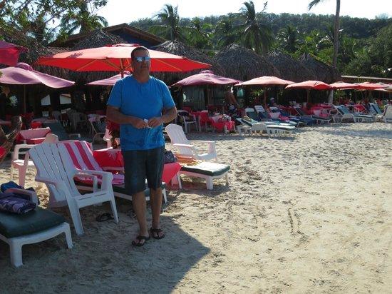 Playa Las Gatas: Look for the pink umbrellas:)
