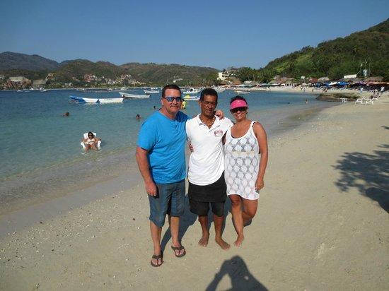 Playa Las Gatas: With Franco. Peachy keen. Por que no?