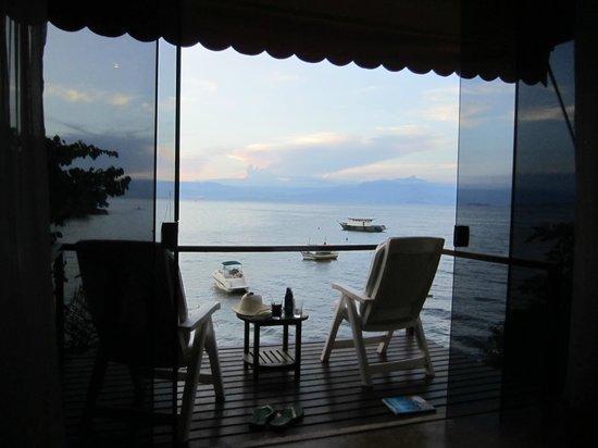 Vila Pedra Mar : Aussicht vom Bett der Honeymoon Suite