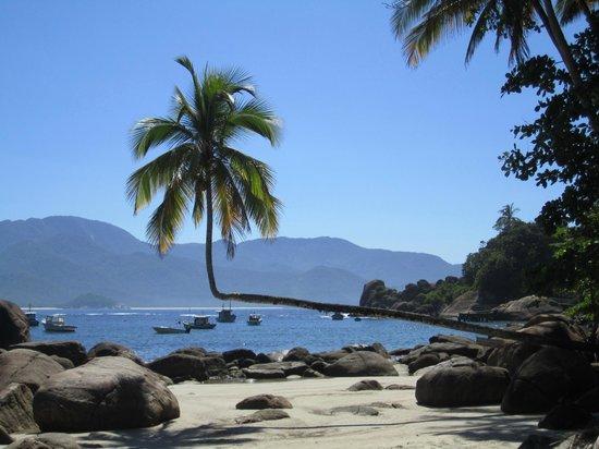 Vila Pedra Mar: Ausflug mit Nilson (dem Schiffsmann) - ging einen halben Tag und führte uns zu Traumstränden