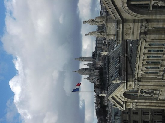 Mercure Paris Gare Du Nord La Fayette : View from room 619