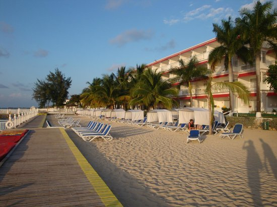 Royal Decameron Montego Beach: beach