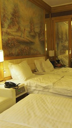 Regal Hongkong Hotel: A very comfortable stay for 3