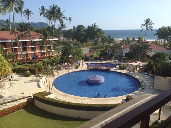 BEST WESTERN Jaco Beach All Inclusive Resort: View from the top-floor balcony.